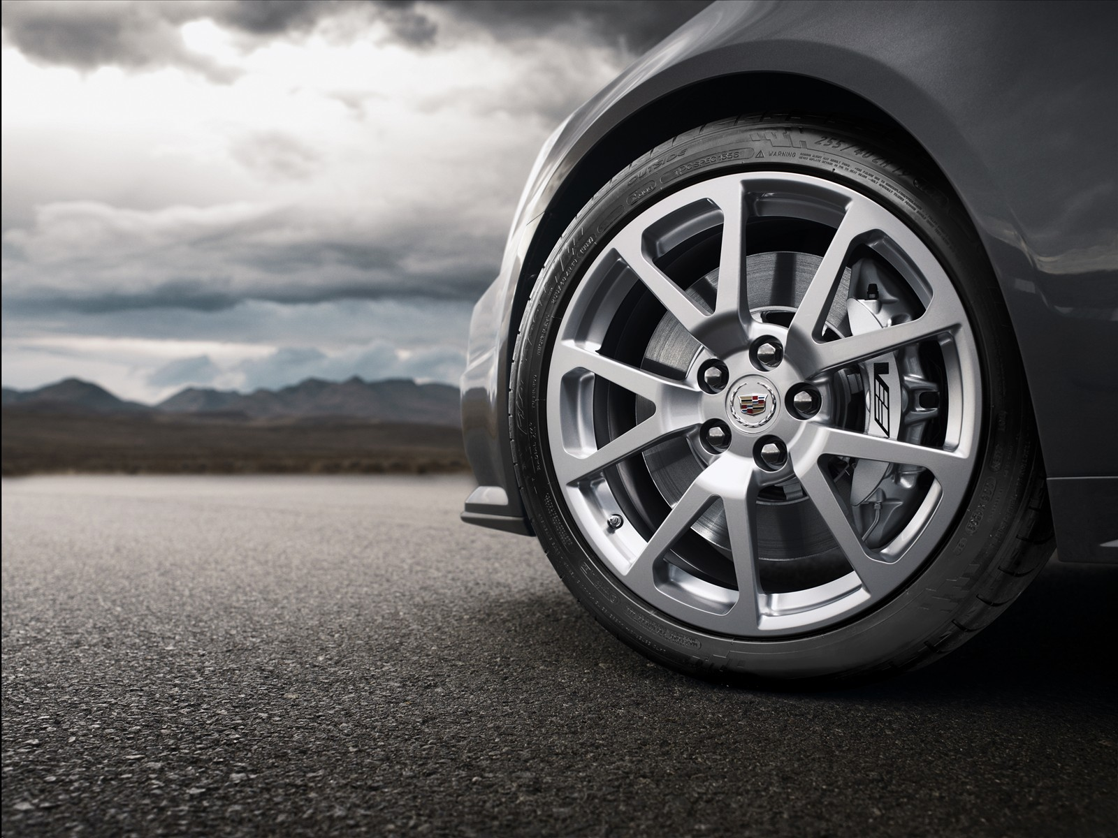 When it is Best to Change a Car's Tyres?